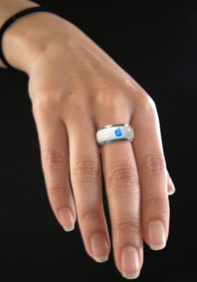 An iPhone-controlling ring