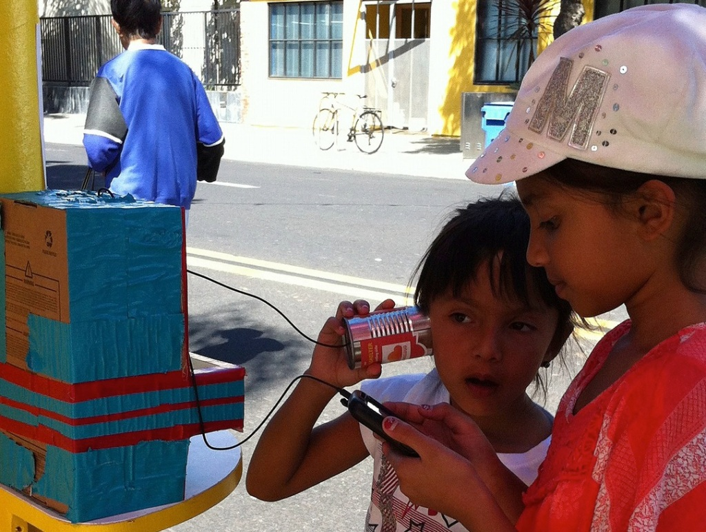 can and string phone