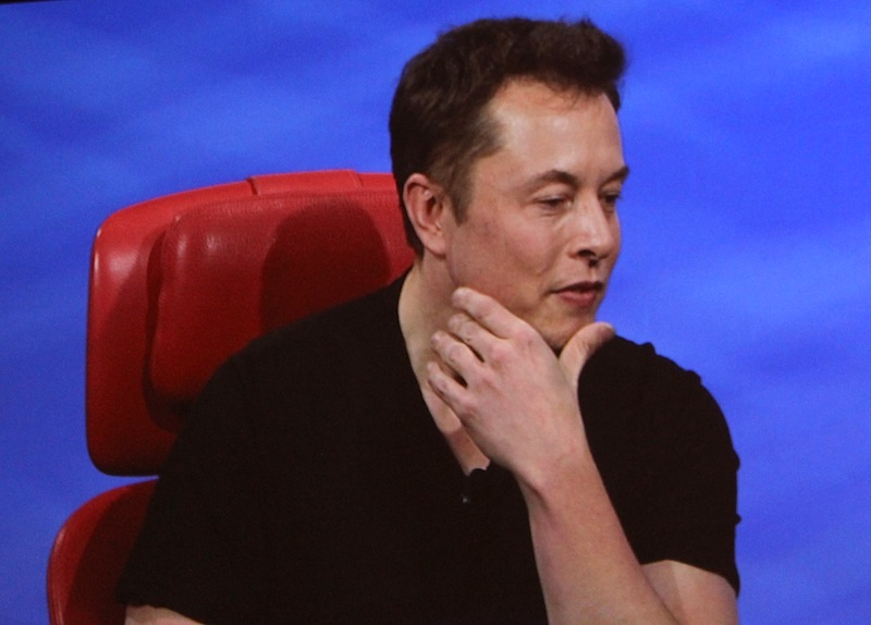 Elon Musk, the last living tech CEO who knows what the hell he's doing