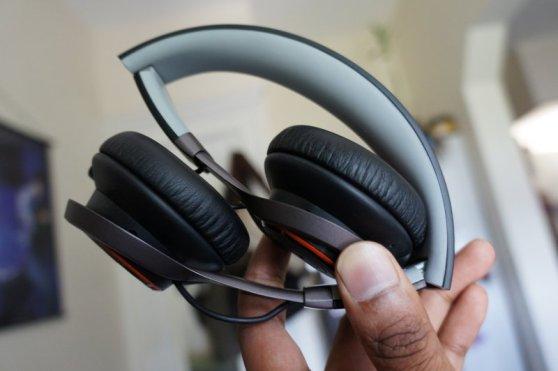 Jabra Revo Wireless 1