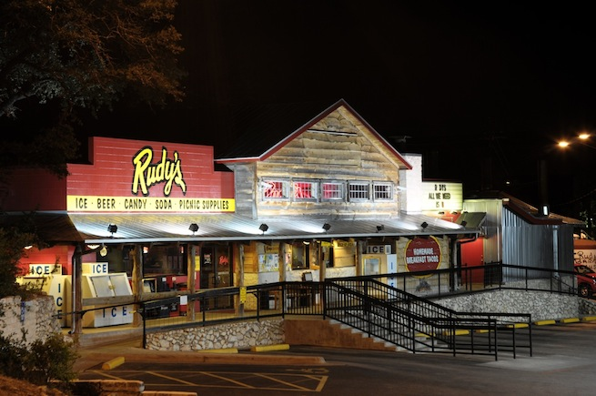 Rudy's, Austin location