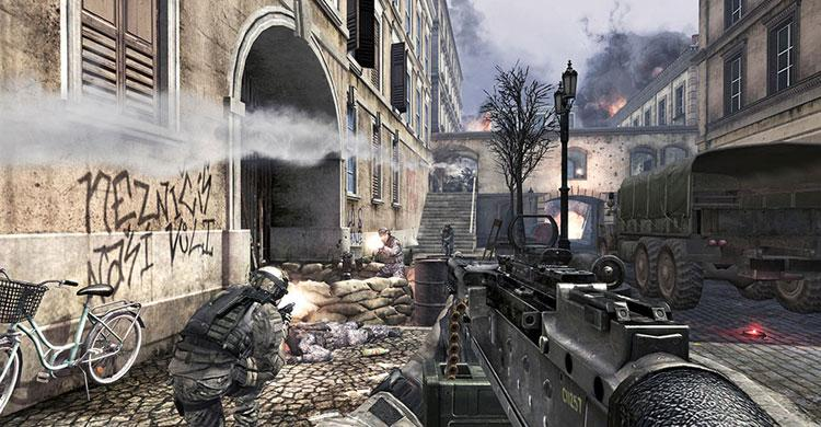 Activision and Tencent's China-only Call of Duty: Online in action.