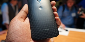 Moto X drops to $400 unlocked, now even stronger competition against Nexus 5