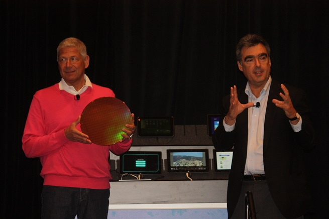 Intel executives Herman Eul and Stephen Smith at the  Intel Developer Forum in San Francisco.