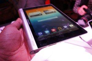 Lenovo's 8-inch Yoga tablet
