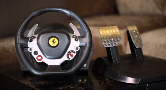 this xbox one racing wheel costs as much as a playstation 4 venturebeat. Black Bedroom Furniture Sets. Home Design Ideas