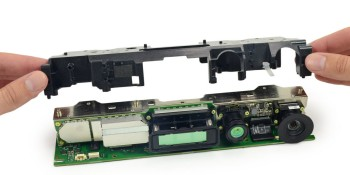 iFixit teardown finds lots of sensors, but no NSA spying, built into Xbox One's Kinect
