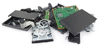 PlayStation 4 teardown: Yup, it's pretty much a PC (and it's easy to repair)