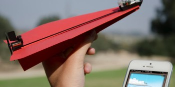 PowerUp racks up $850K on Kickstarter for iPhone-controlled paper airplanes