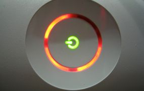 """Xbox 360's """"red ring of death"""""""