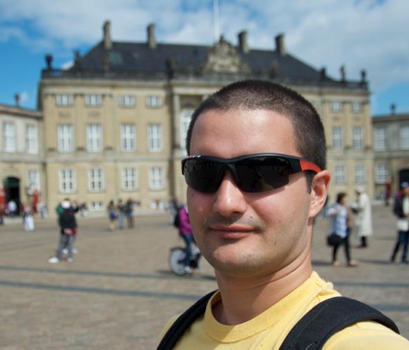 Shopstarter and Cobra Wallet founder Alex Kennberg.