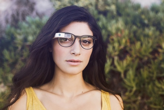 Google Glass finally works for people who actually need glasses ...