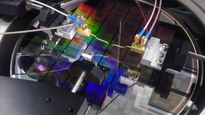 So long silicon? IBM scientists build experimental graphene-based