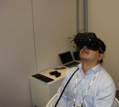 Dean Takahashi shows his Oculus face