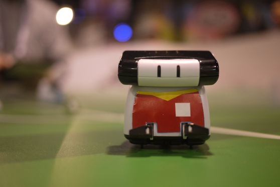Check out this smartphone-controlled roller bot.