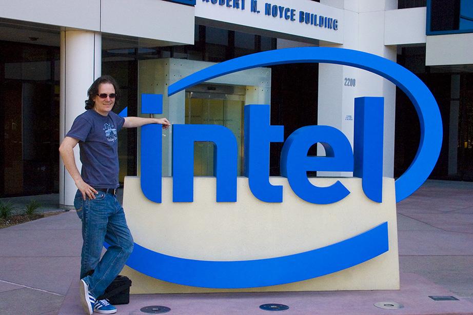 Intel logo sign Jim Gardner Flickr