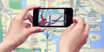 This app lets you see real-time crowds & trains on an old-school subway map