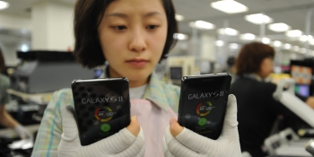Samsung apologizes and promises compensation to sickened workers