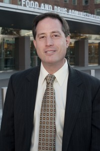 Dr. Jeff Shuren of the FDC.