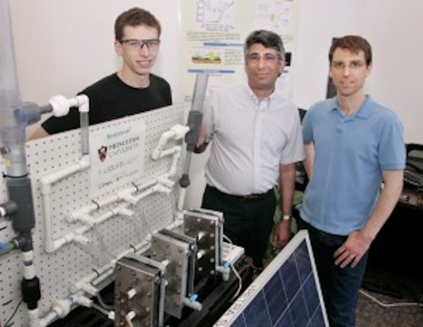 Graduate student James White (Princeton), Professor Andrew Bocarsly (Princeton and Liquid Light) and principal engineer Paul Majsztrik (Liquid Light)