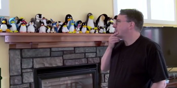 Nerd cribs: Linux creator Linus Torvalds shows off his office