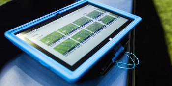 NFL coaches, players have a new sideline consultant: tablets