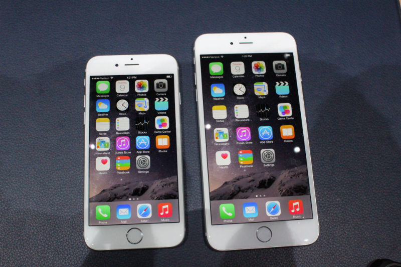 The iPhone 6 has a 4.7 inch screen, while the iPhone 6 Plus has a 5.5 inch screen.