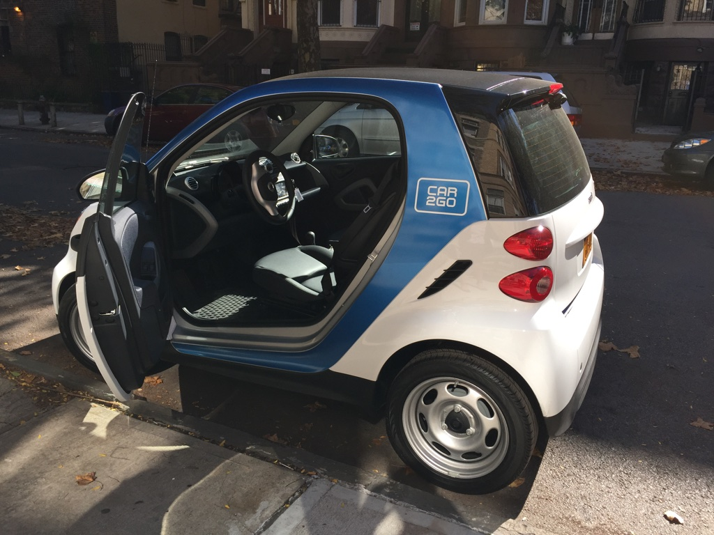 car2go takes brooklyn with 400 on demand smart cars we go for a spin venturebeat. Black Bedroom Furniture Sets. Home Design Ideas