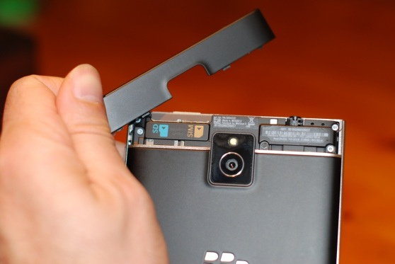 blackberry-passport-slots