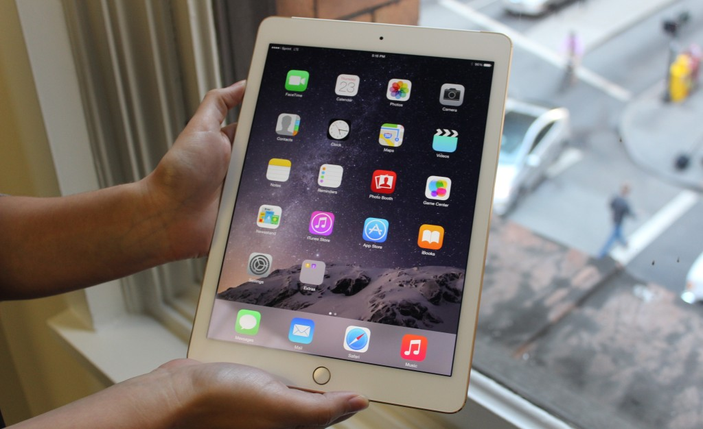 The iPad Air 2 has a reengineered 9.7-inch touchscreen.