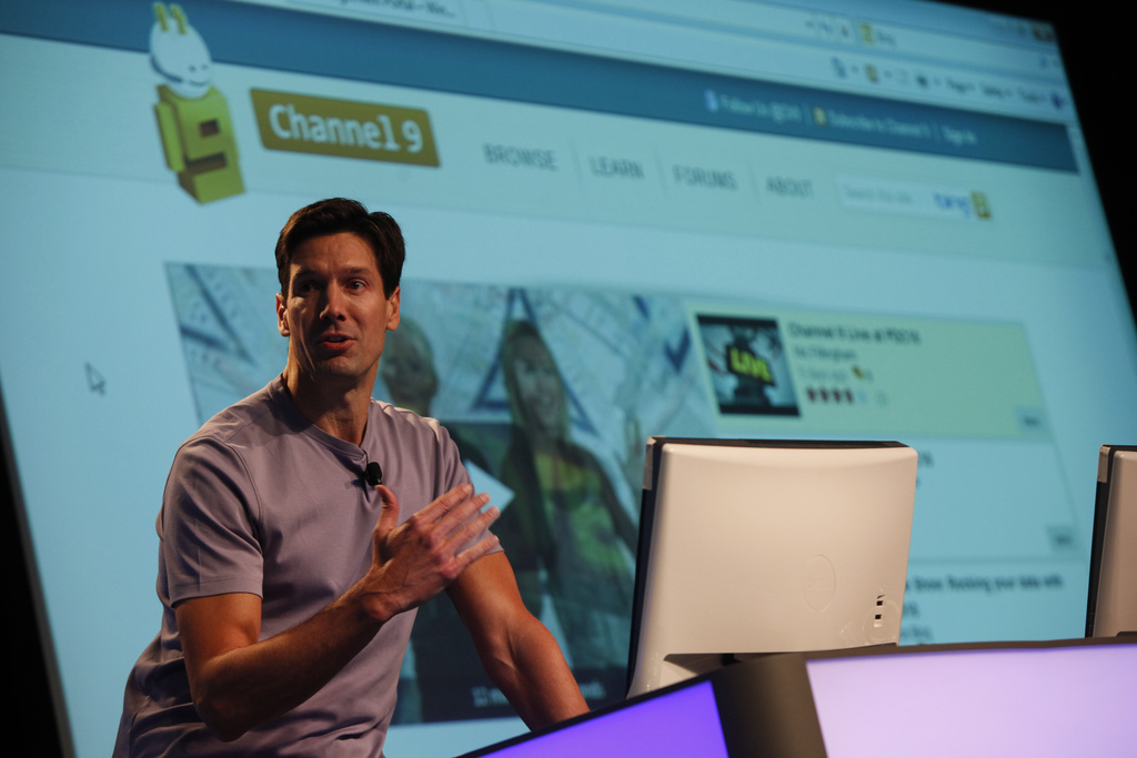 Mark Russinovich, chief technology officer for Microsoft's Azure public cloud, speaks at a conference in 2010.