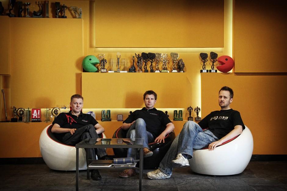 CD Projekt Red management: (L-R) Chief finance officer Piotr Nielubowiczkiz, chief executive officer Adam Kiciński, and  co-founder Marcin Iwiński.