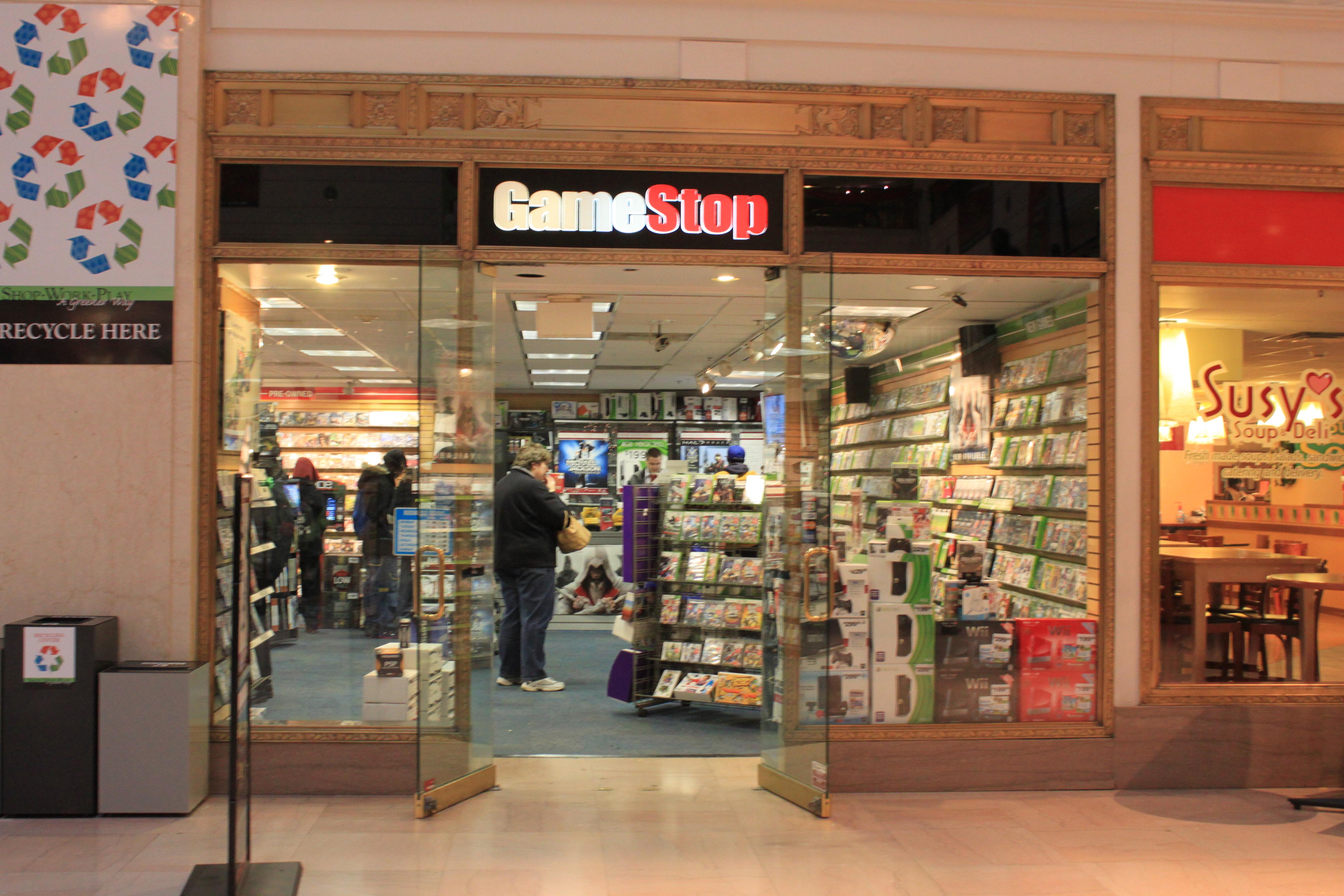 Market slams GameStop after retailer misses Q3 earnings ...  Market slams Ga...