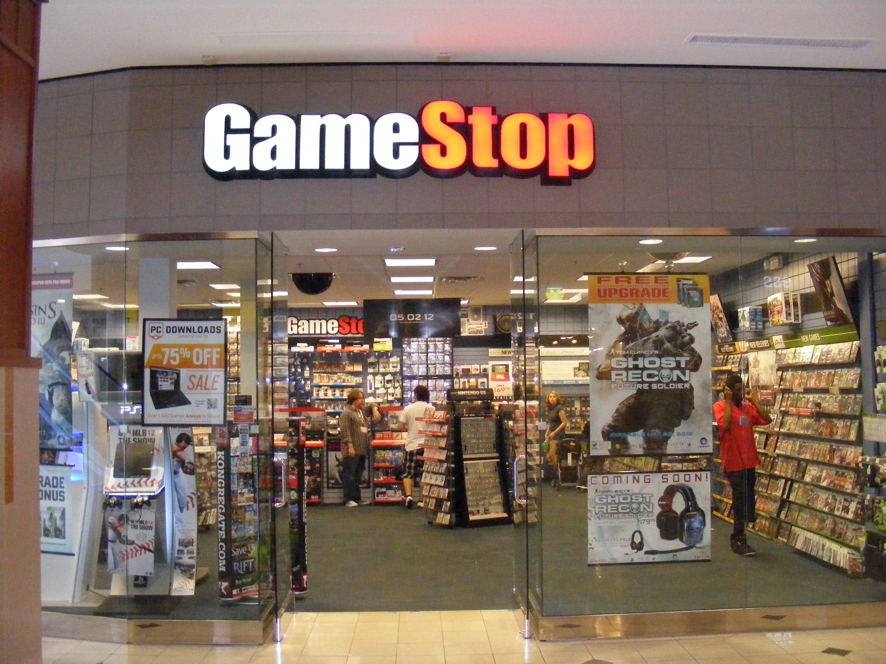 GameStop exec voices concern over the dipping price of ...