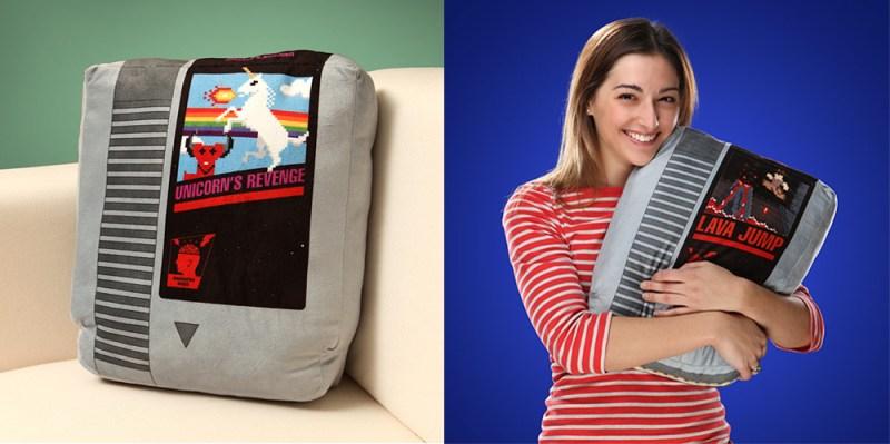 Retro game cartridge pillow set