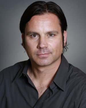 Nick Earl is the CEO of Glu Mobile.