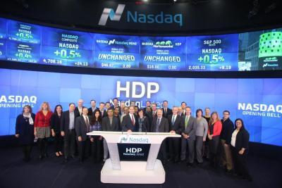 Hortonworks starts trading at $24 per share, jumping 50% as