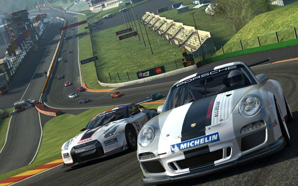 Real Racing 3 looks amazing.
