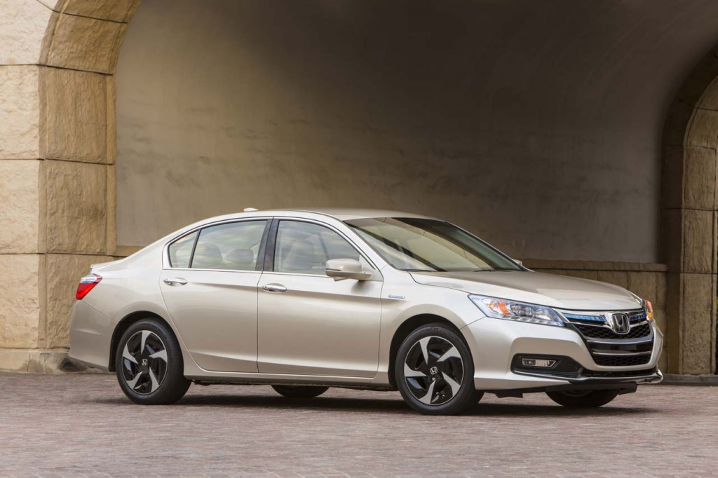 honda and hybrid electric vehicles essay Alternatives to conventional fuel consumng cars - hybrid and electric cars  and  low maintenance cost, i present you my findings on the honda civic lx,.