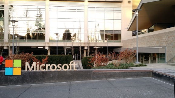 microsoft redmond office. microsoft taps samsung dell and 9 other oems to preinstall office onedrive skype on android devices redmond