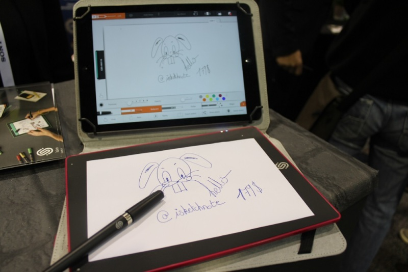 iSketchnote transfers paper images to an iPad.