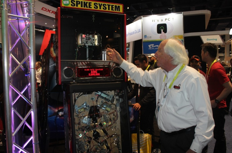 Gary Stern shows off new Spike System pinball platform at CES 2015.