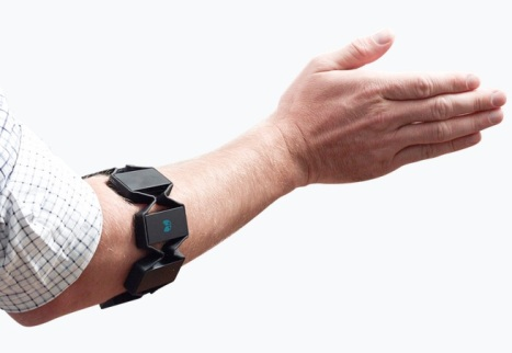 Thalmic Labs' Myo Gesture Control Armband