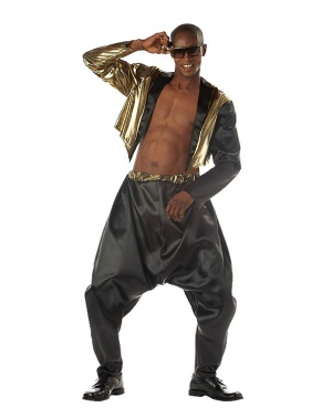 We're pretty sure MC Hammer will be wearing a shirt while on-stage at Mobile Summit