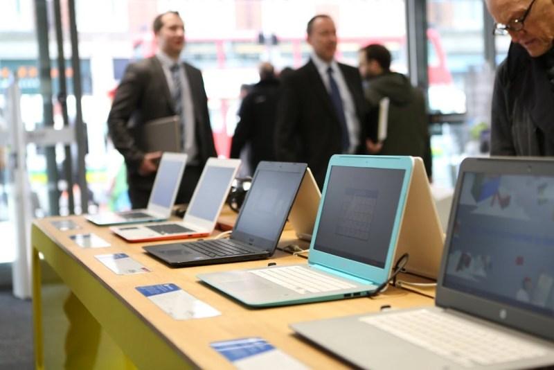 Device Table: Showcasing hardware