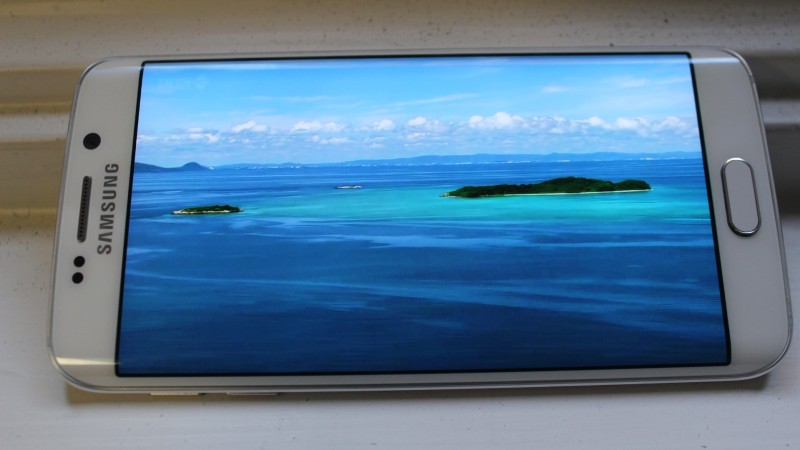 Video looked pretty stellar on the S6 display.