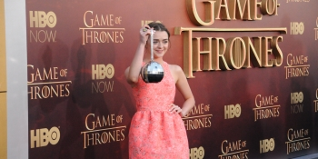 Game of Thrones' Arya and Sansa Stark on Gamergate: Don't feed the trolls