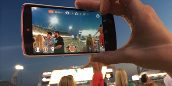 New mobile app hunts Meerkat by streaming live on Facebook, Twitter, email, and SMS