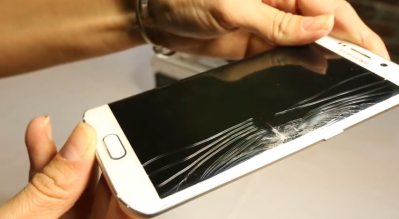 Samsung's Galaxy S6 Edge screen costs $200-$260 to replace