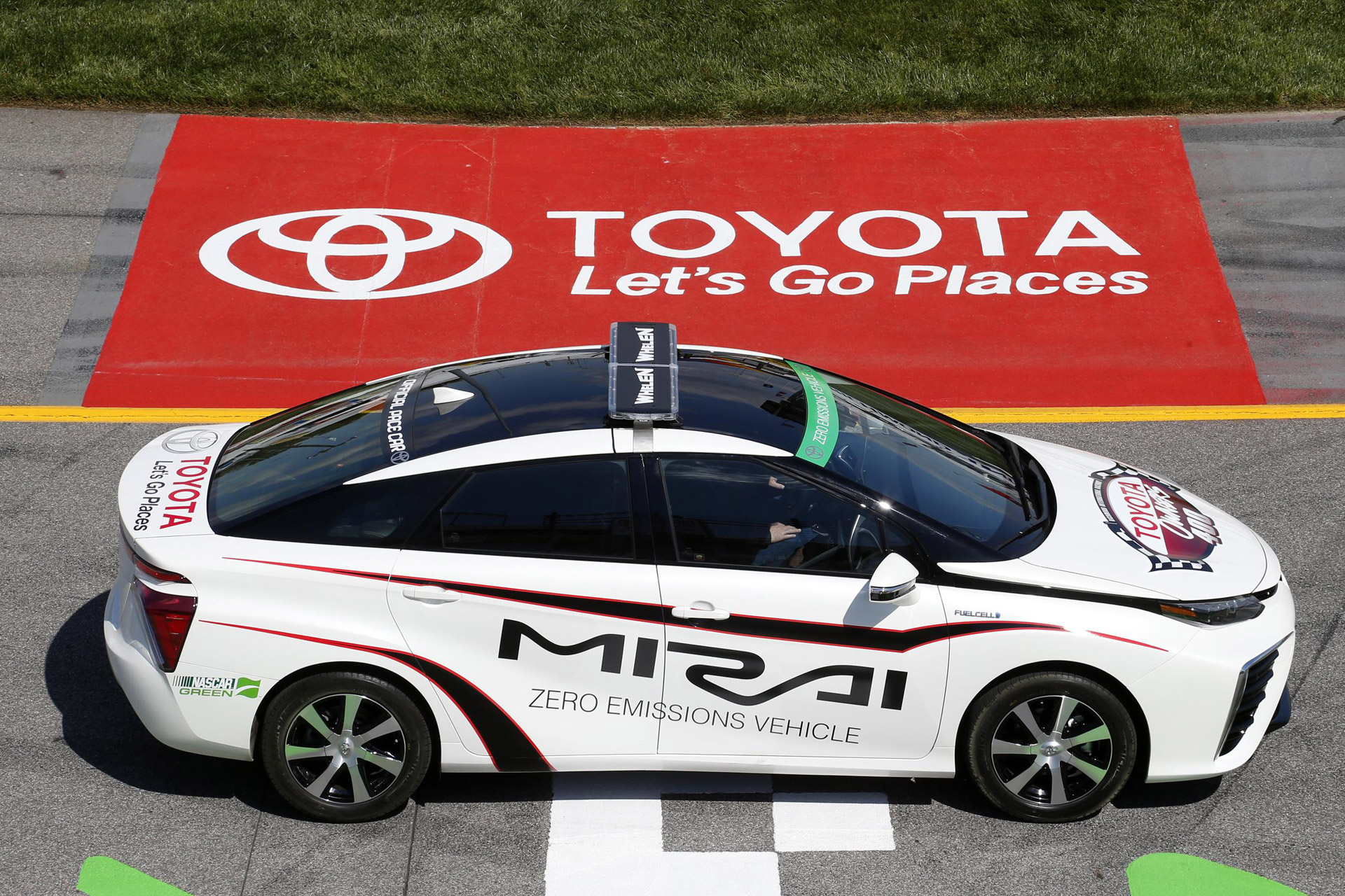 2016 Toyota Mirai is first fuel-cell car to pace a NASCAR race ...